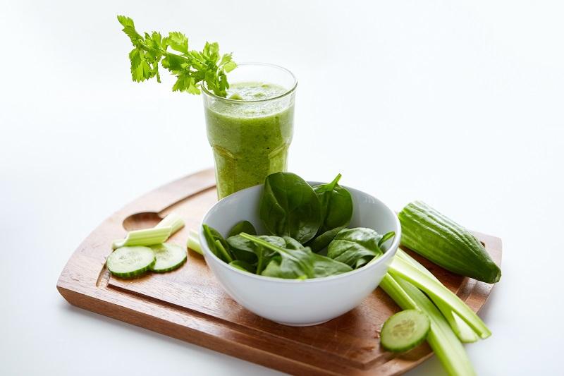 Przebieg, zasady i skuteczność diety sokowej.