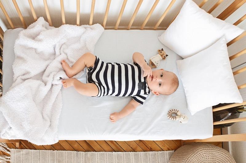 Jakie ubrania dla dzieci spakować niemowlakowi na wyjazd?
