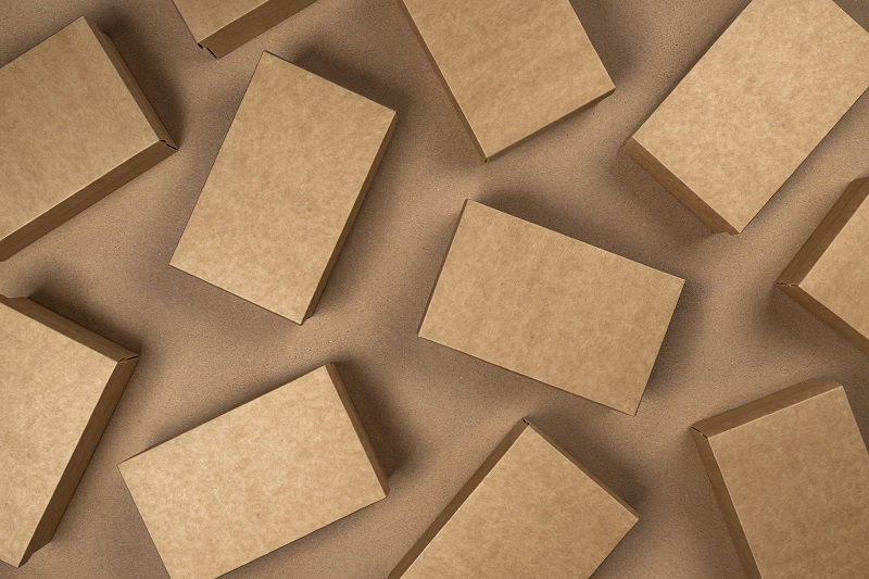 Maszyna do kartonów – jak działają tego typu urządzenia?