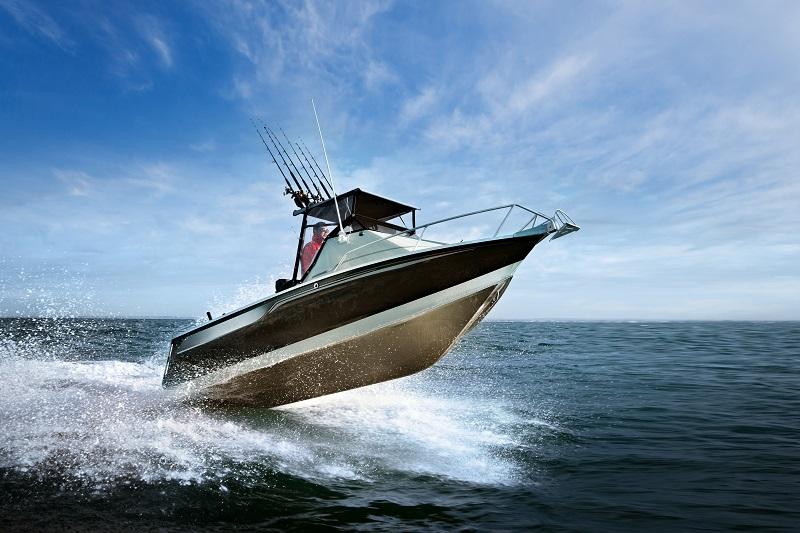 Jakie zalety mają łodzie z laminatu?