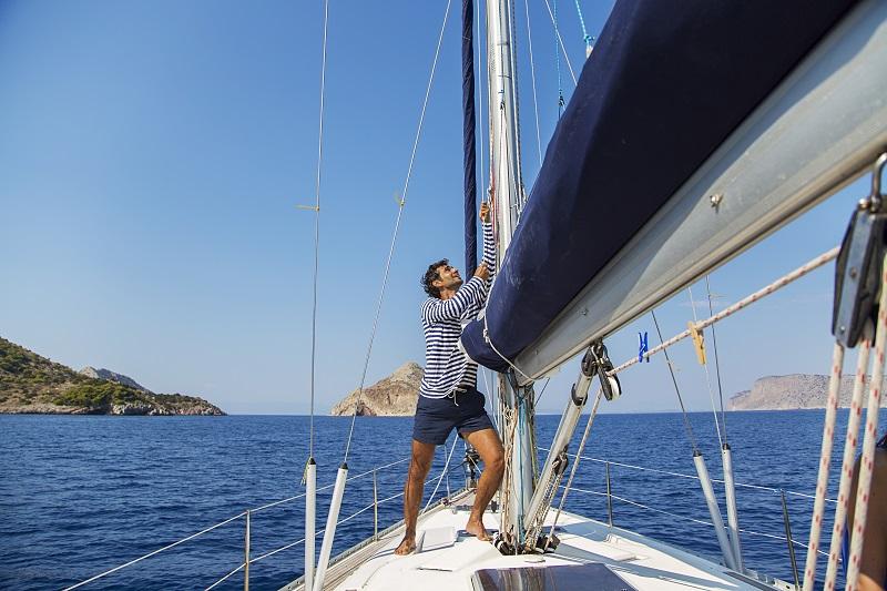 Odzież żeglarska – dobrze przygotowanemu zawsze wiatr w żagle
